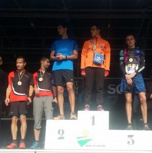 Podium des vainqueurs par catégories du 14 km